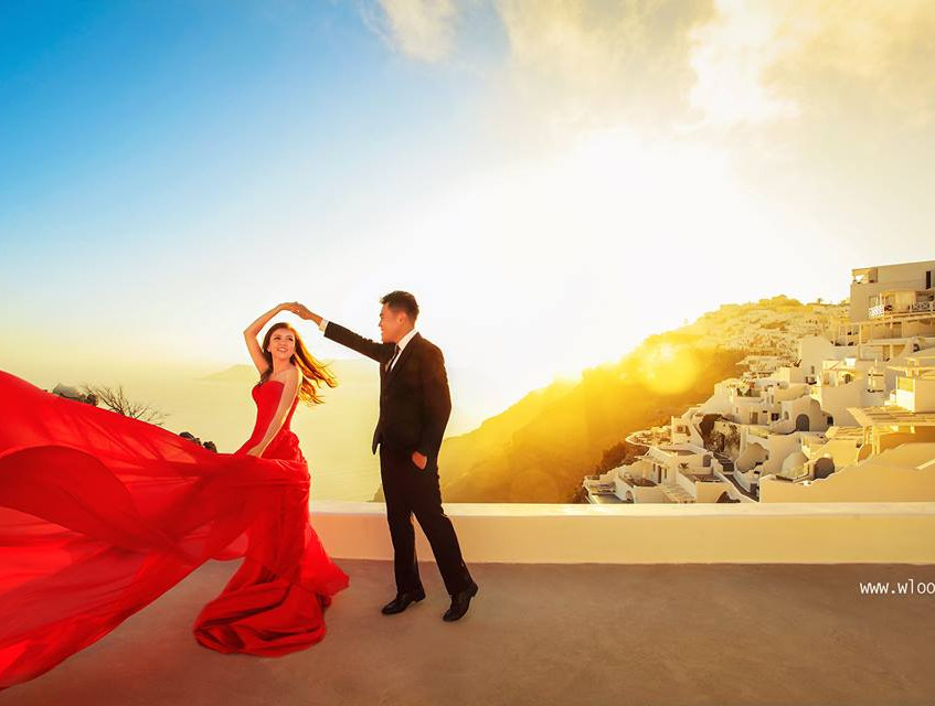 Red chiffon gown for prewedding