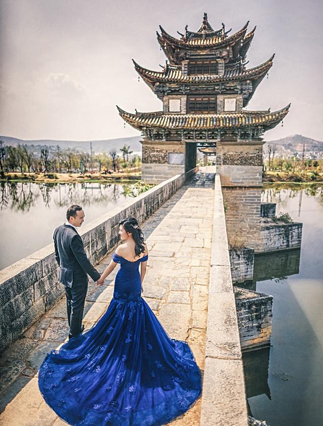 Off shoulder blue gown