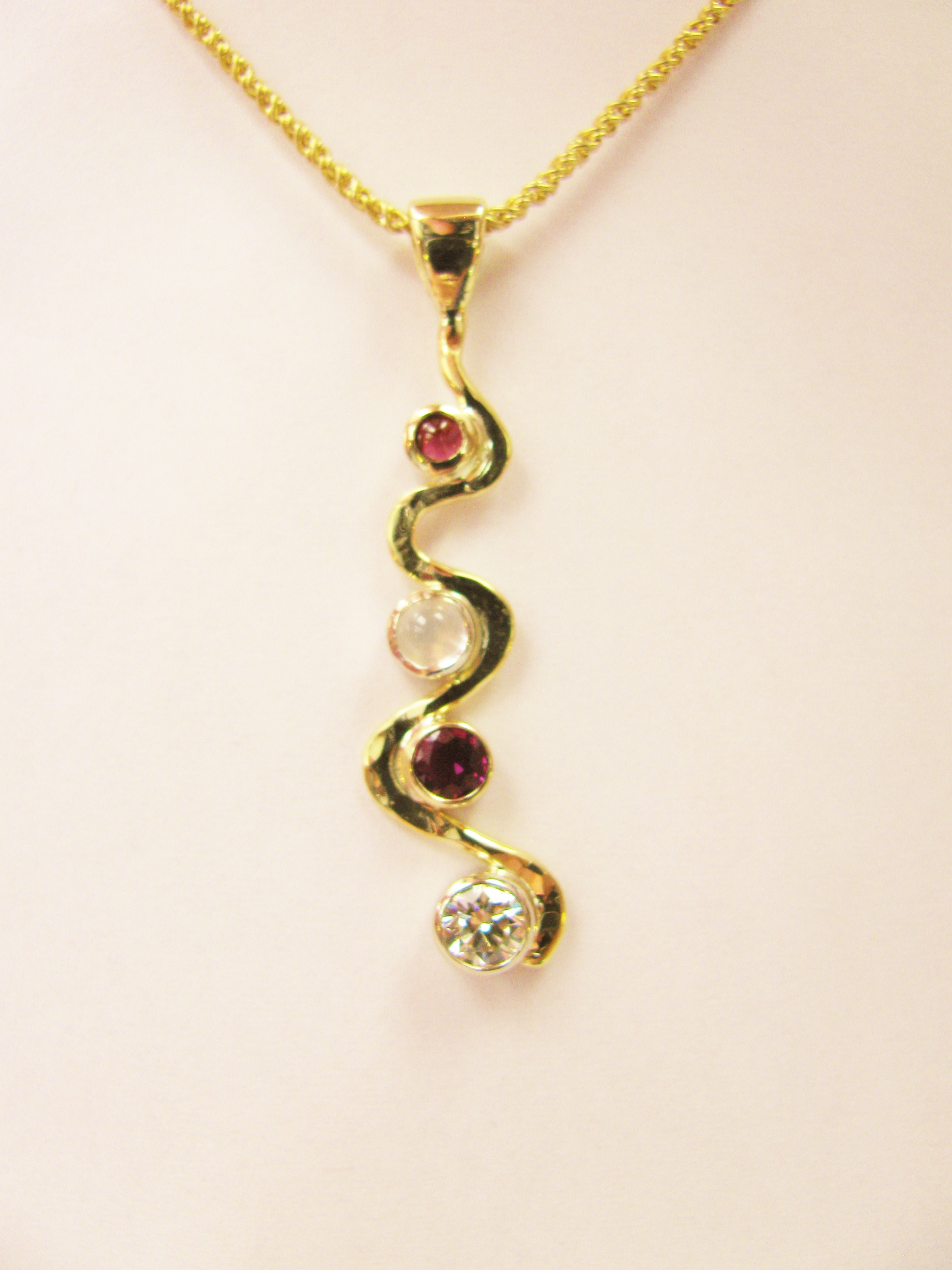 14kt Gold, ruby, diamond necklace