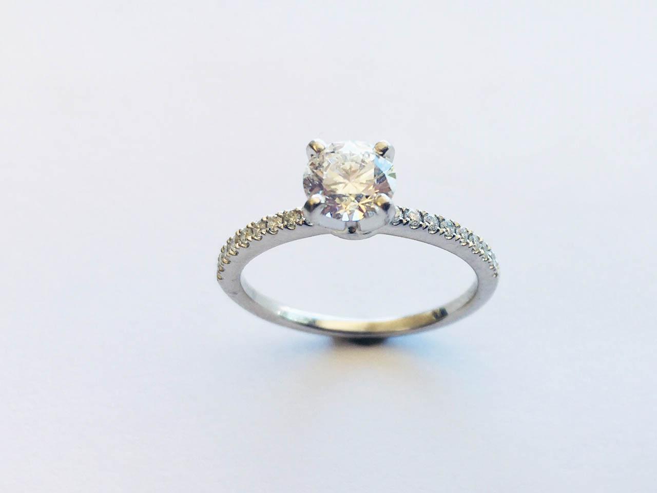 thin band wedding ring