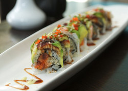 Tenko-Sushi-Thai-magical-roll-598x427