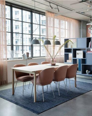 Project: Knoll Chicago Fulton Market Interior Design: Gensler Photo Courtesy of: Knoll  custom drapery valances
