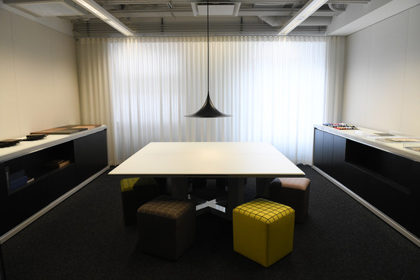 Project: Knoll Chicago Showroom Merchandise Mart Photo Courtesy of: Knoll  white curtains in the office