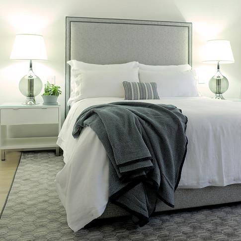 white linen quilt cover