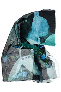 watecolor mixed media painting Annemieke painted clothing