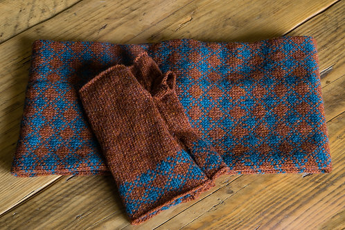 Rust and Teal lambswool Torridon Fingerless Mittens.