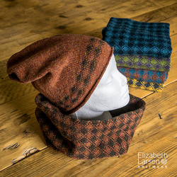 rust brown beanie and cowl side