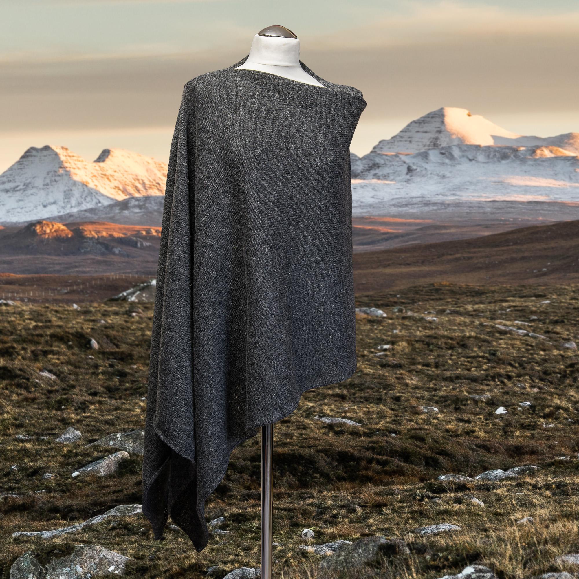 Elizabeth Larsen Knitwear