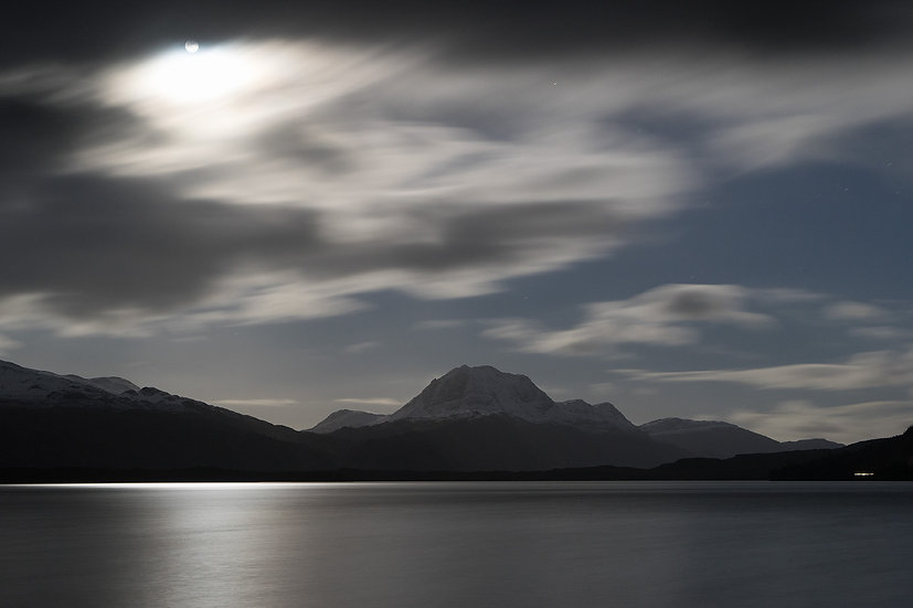 Full moon over Slioch