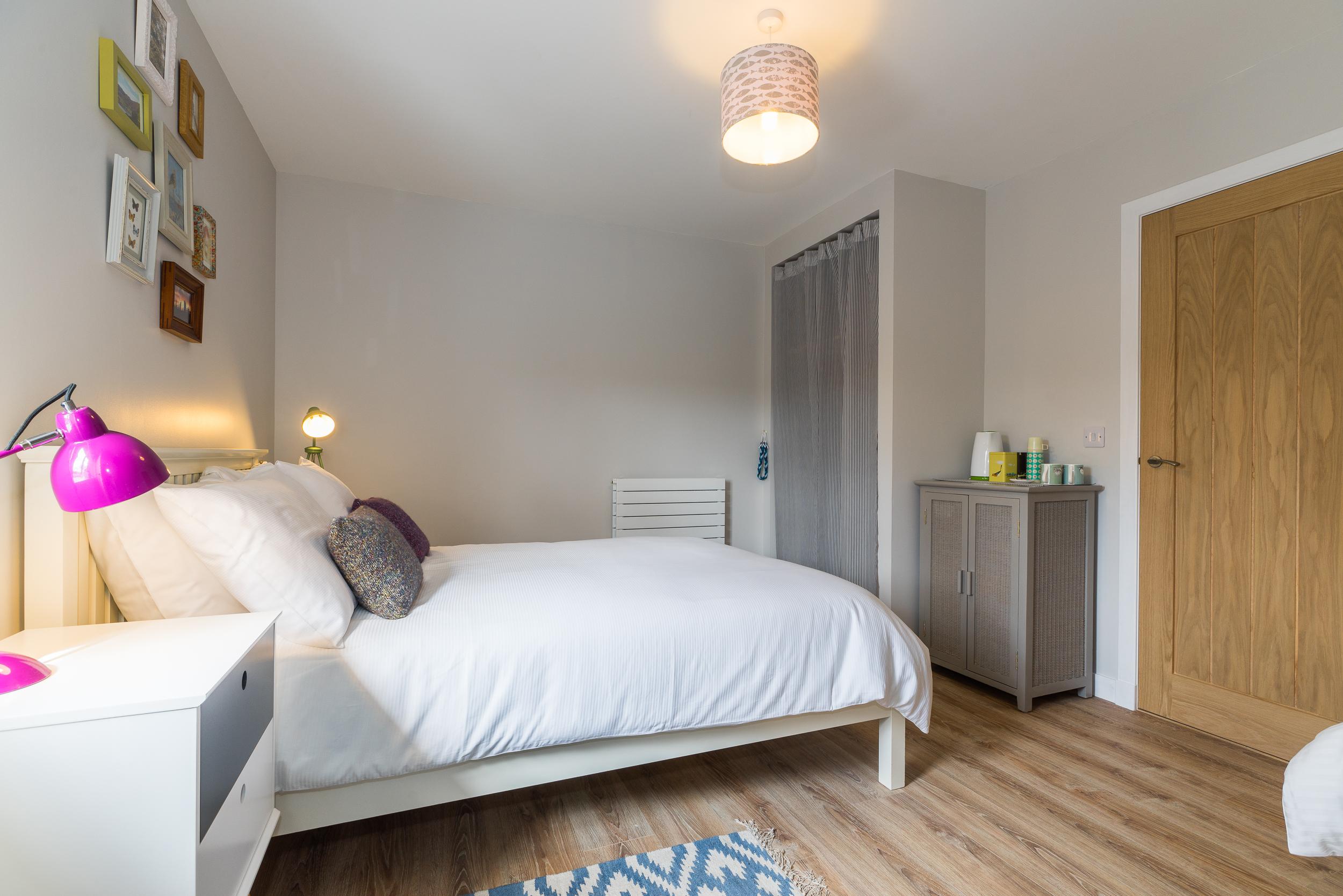 Curlew Room, An Cois Na Mara B & B
