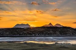 Sunrise over Stach Pollaidh