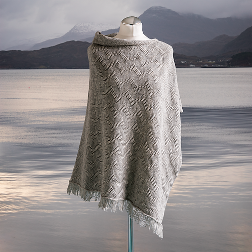 Seashore British Merino Textured Women's Poncho - Mist Grey