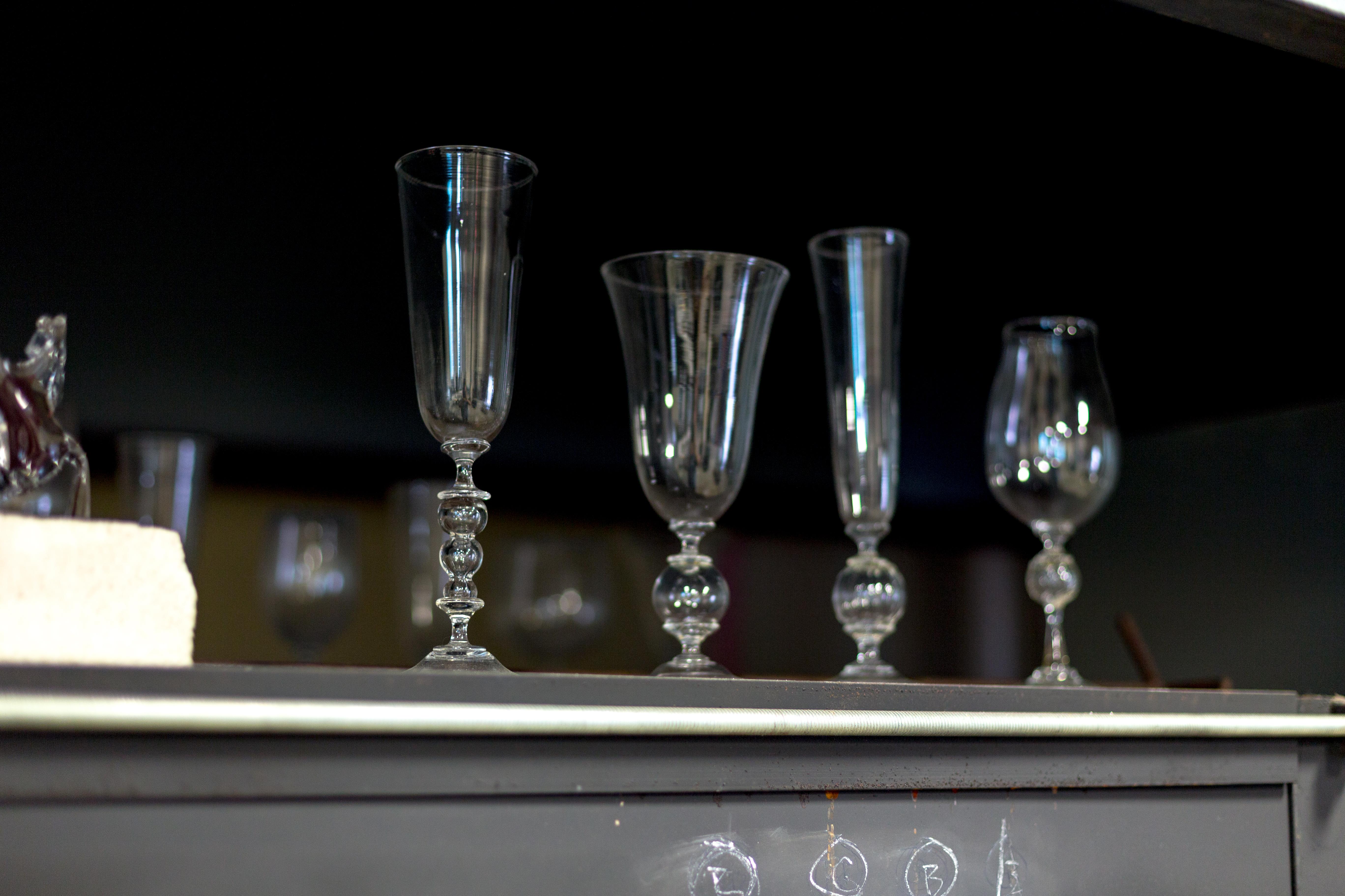 JPAGE-Editorial-TheBend-Artist-BradPearce-Glassblower-1571