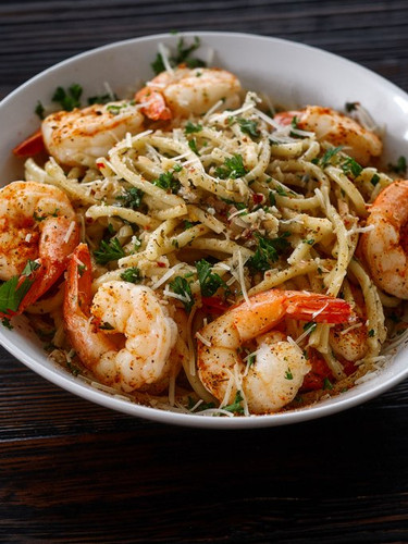 Asian Inspired Garlic Noodles & Shrimp