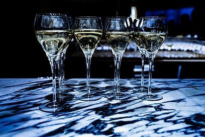 お酒会議: 海外での酒蔵立ち上げの勝機とは?