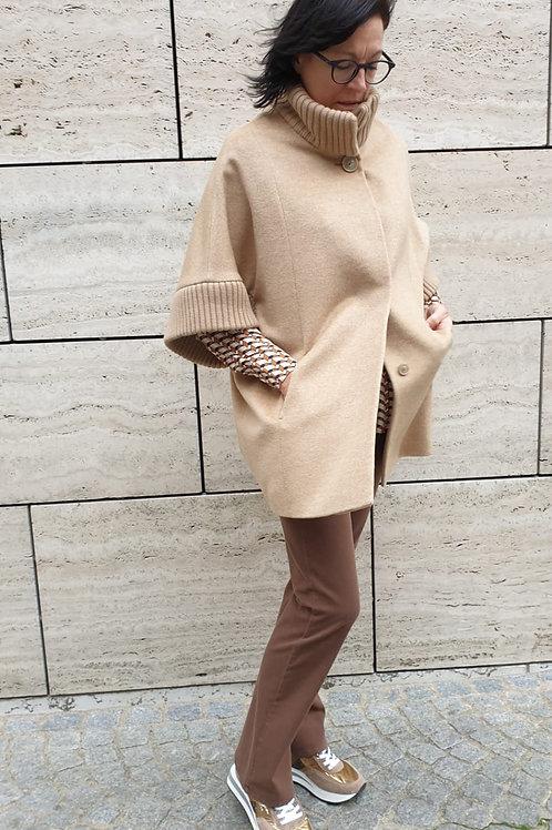 Camel cape CR