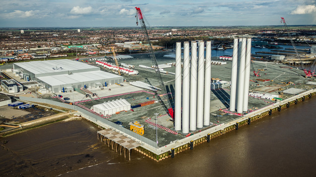 Siemens Wind Turbines Hull