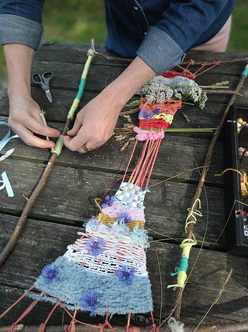 Atelier familles à 4 mains au Lac des Sapins  - Tissage Estival