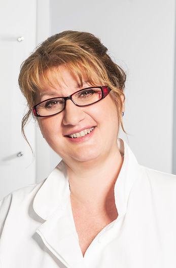 Dr Jasmina Kozarev