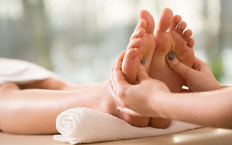 251-2516174_reflexology-massage-leg-mass