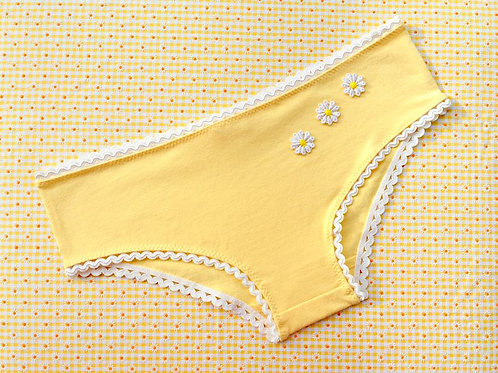 Marilyn panties in buttercup yellow