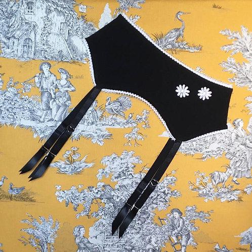 Louise garter belt in black