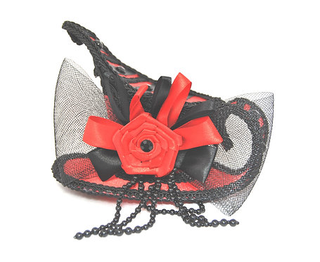 Black and Red Tea-Cup Fascinator