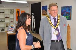 Linda Lipinski and Mayor Les Page