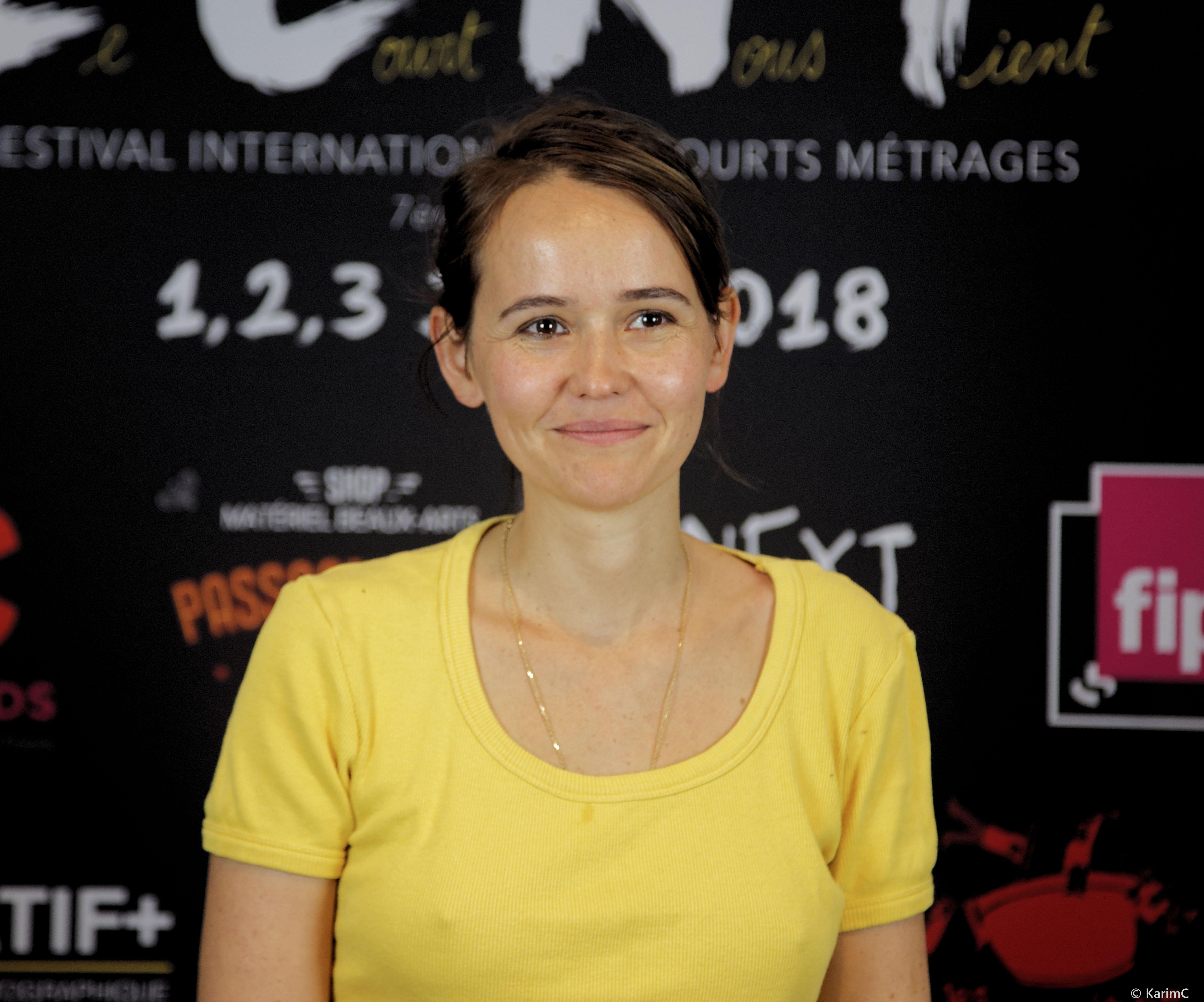 Valérie Leroy - Le Court Nous Tient