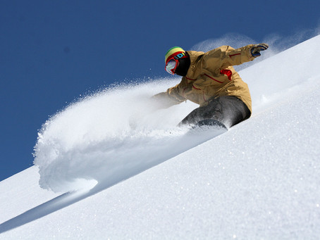HOW TO SNOWBOARD IN POWDER