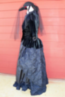 dresses 025.jpg