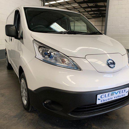 Nissan env200 - By Cleevely Motors