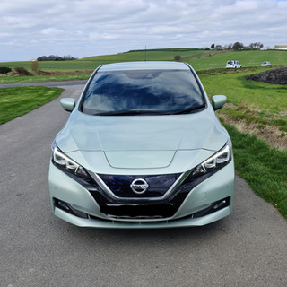 Nissan LEAF - By @karljohnson2886 on Twitter
