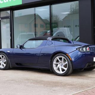 00017. Tesla Roadster 2.5 2011 -  e-cars