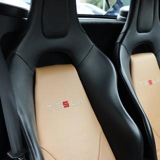 00007. Tesla Roadster 2.5 2011 -  By e-c