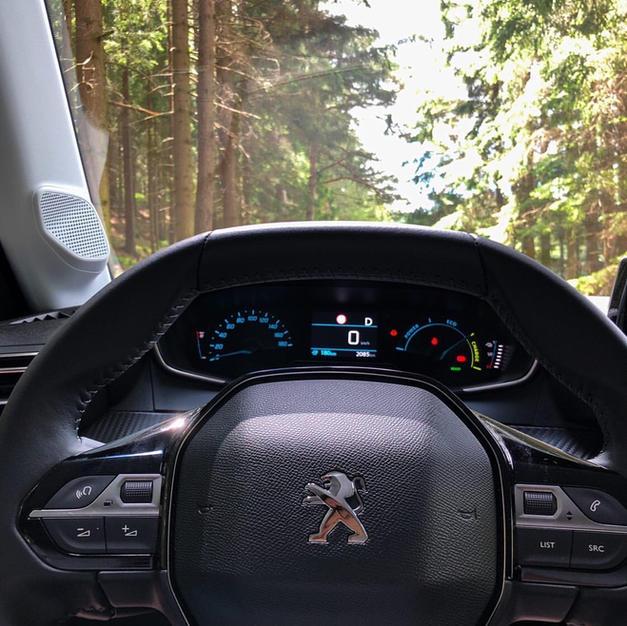 Peugeot -208