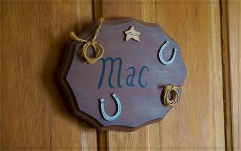 MacsSign.jpg