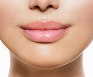detail of a woman's face with full lips