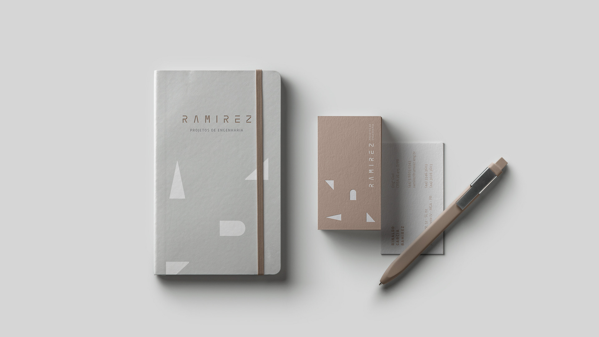 papelaria-portfolio-branding-criação-de-