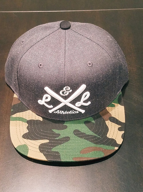 LLA Crossed Bats Embr. Charcoal Gray Camo Bill Snapback