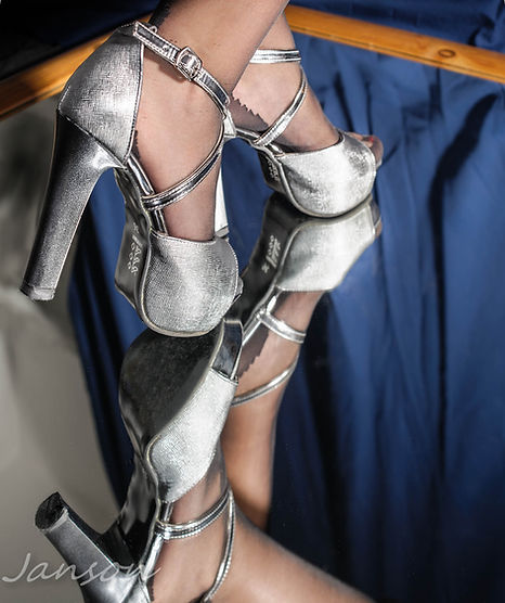Injee Shoes-1-22PS1.jpg