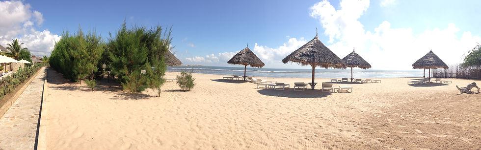 golden beach mambrui.JPG