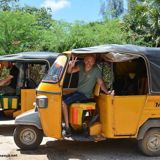 Danilo and Luca of Viaggio Italia drive two tuk tuk in Mambrui