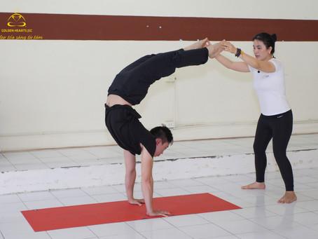 Làm Thế Nào Để Trở Thành Huấn Luyện Viên Yoga? - Cô Tố Hải chia sẻ 20 năm kinh nghiệm