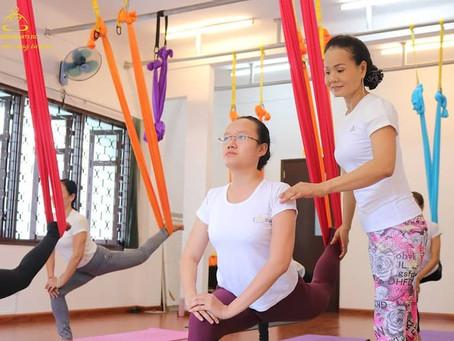 Học Huấn Luyện Viên Yoga Bao Nhiêu Tiền? | Yoga Trái Tim Vàng