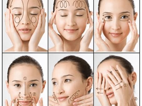 6 bài tập Yoga cho khuôn mặt và làn da tươi sáng, thon gọn và trẻ trung! (chỉ 10 phút mỗi ngày)