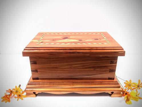 Cedrar Keep Sake Box