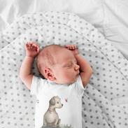 onesie-mockup-featuring-a-newborn-sleepi