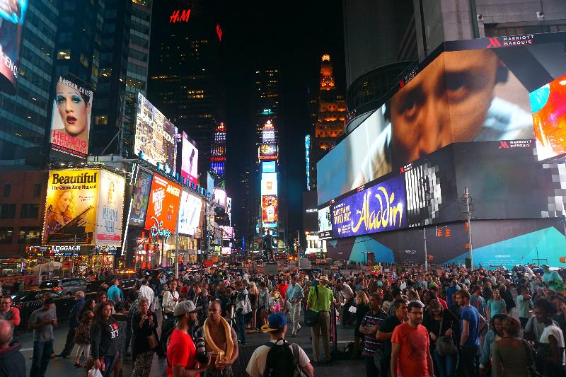 Таймс-Сквер, Нью-Йорк, США. Фото Be a Voyager (c)