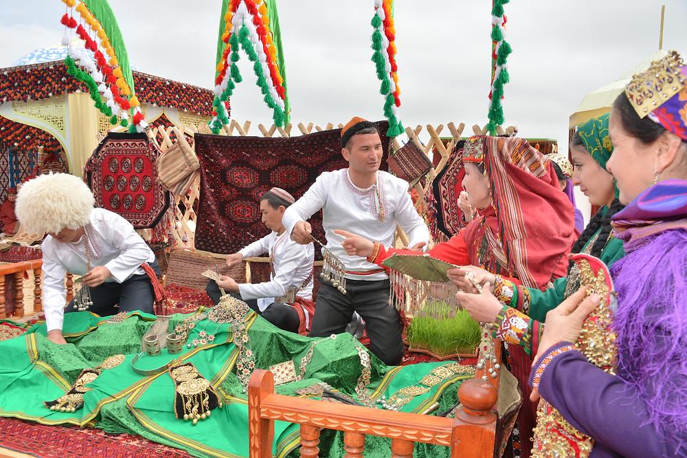 Празднование Новруза в Туркменистане. Фото Р. Кадыров